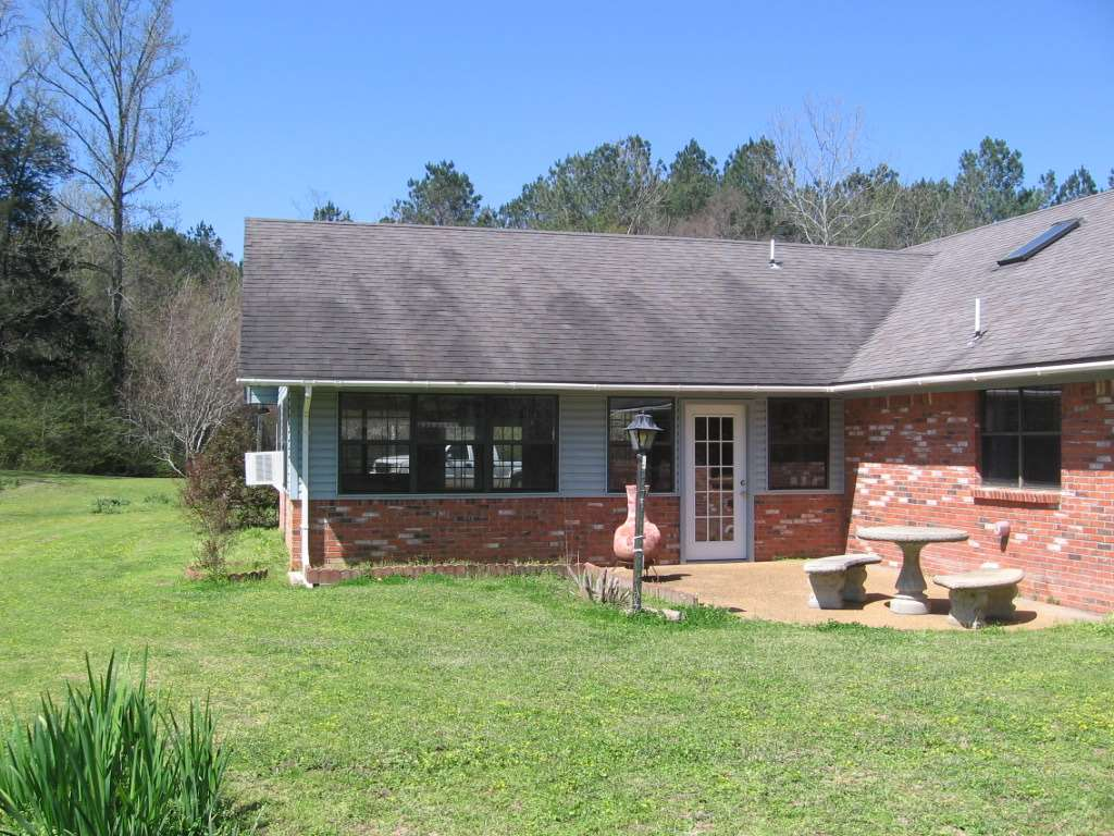 Madison county 6 acres country home 4 corner properties for Ranches for sale in mississippi